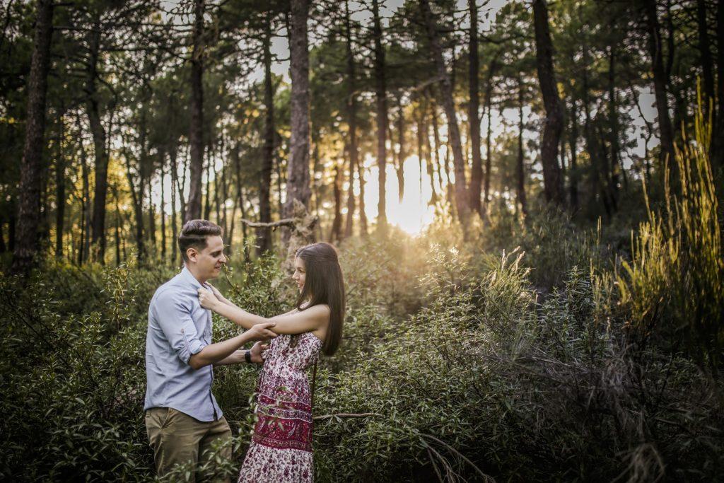 Fotografía de pre boda profesional en la naturaleza
